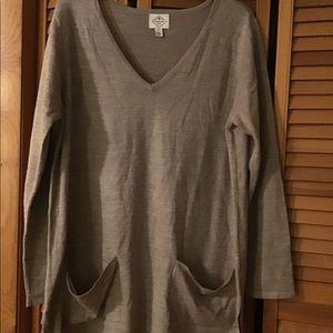 Women's xl St. John's Bay Sweater light brown